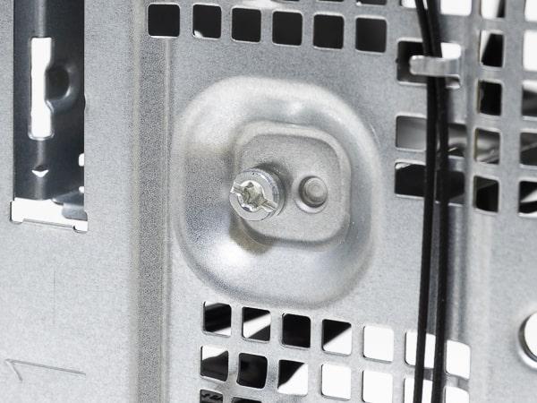 HP Desktop M01 ネジ