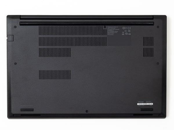ThinkPad E15 Gen2 (AMD) 底面