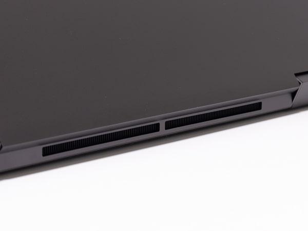 HP ENVY x360 15 排気口