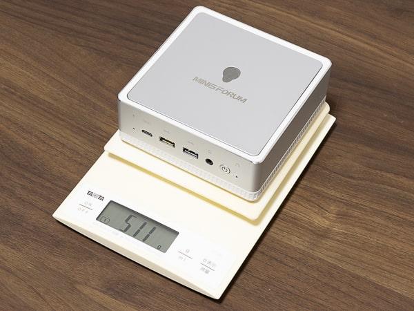 MINISFORUM DeskMini UM300 重量