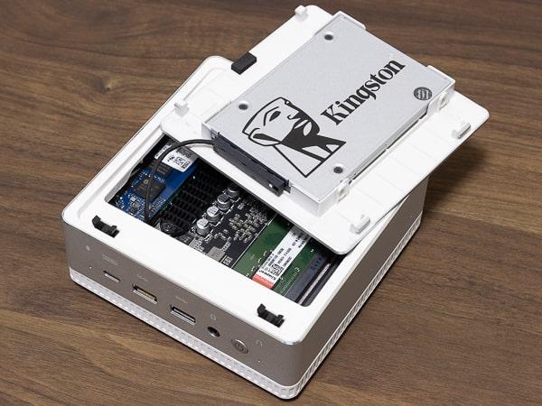 MINISFORUM DeskMini UM300 ストレージ