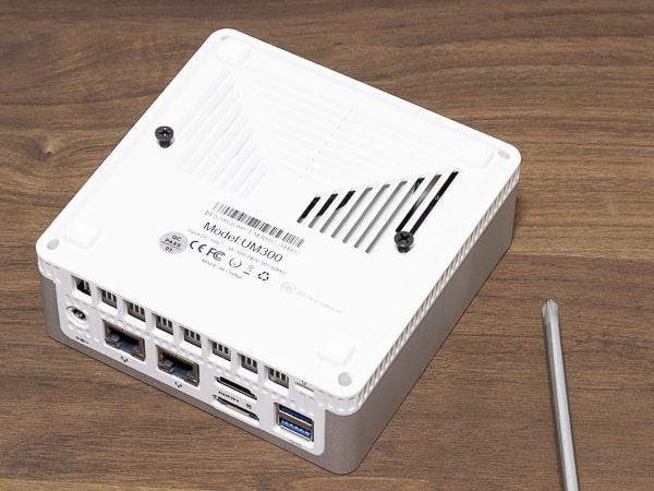 MINISFORUM DeskMini UM300 取り付け