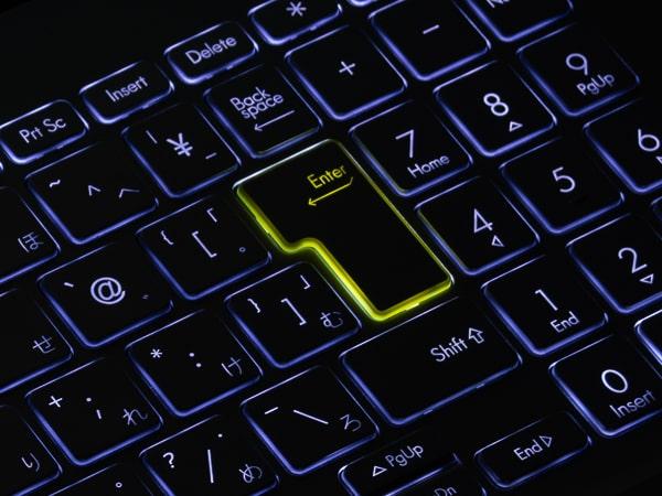 VivoBook S15 M533I バックライト