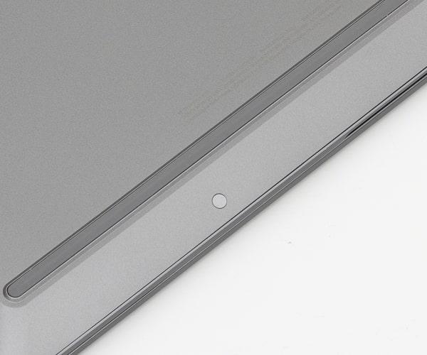 HP Chromebook x360 14c ネジ穴