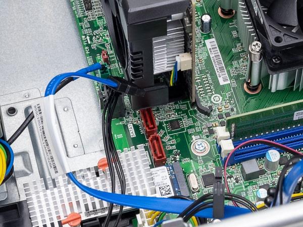 Lenovo V55t 拡張ボード