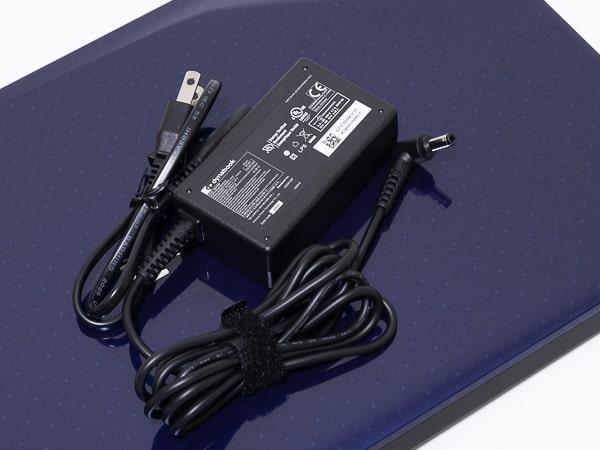 dynabook NZ65/M 電源アダプター