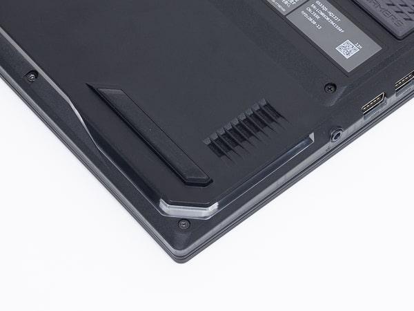 ROG Strix SCAR 15 G533QS スピーカー