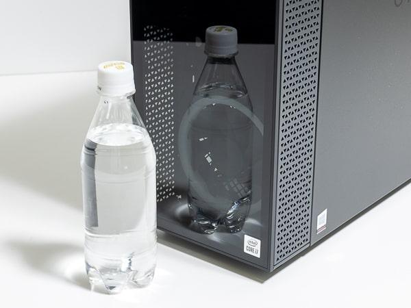 OMEN by HP 30L Desktop 前面