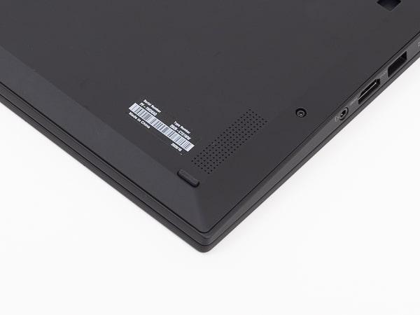ThinkPad X1 Carbon Gen8 スピーカー