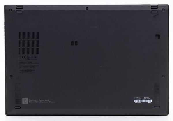 ThinkPad X1 Carbon Gen8 底面