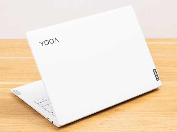 レノボ Yoga Slim 750i Carbon レビュー