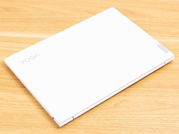Yoga Slim 750i Carbon 天板