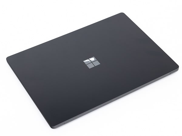 Surface Laotop 4 15インチ 天板