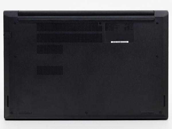 ThinkPad E15 底面