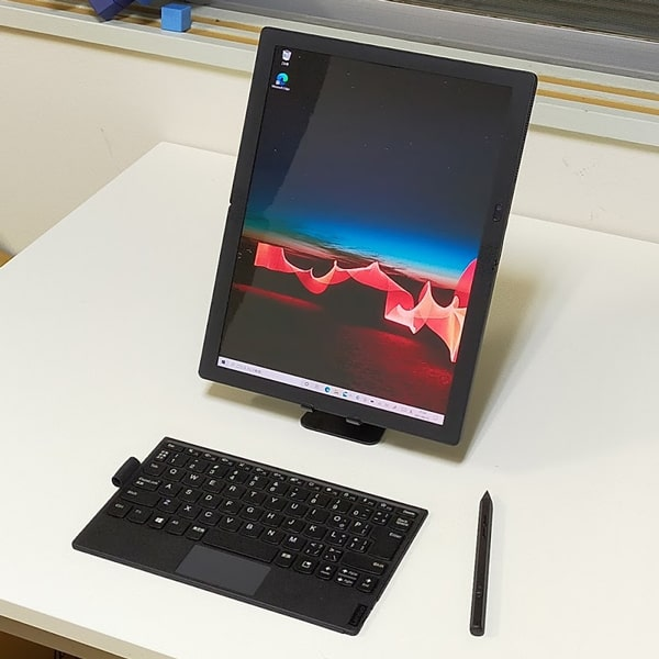 ThinkPad X1 Fold 縦向き