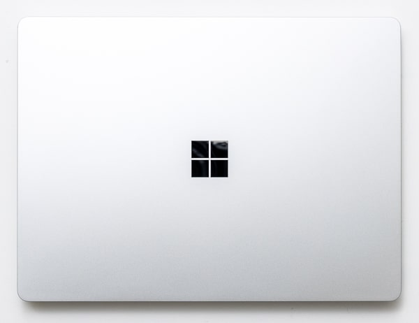 Surface Laptop Go サイズ