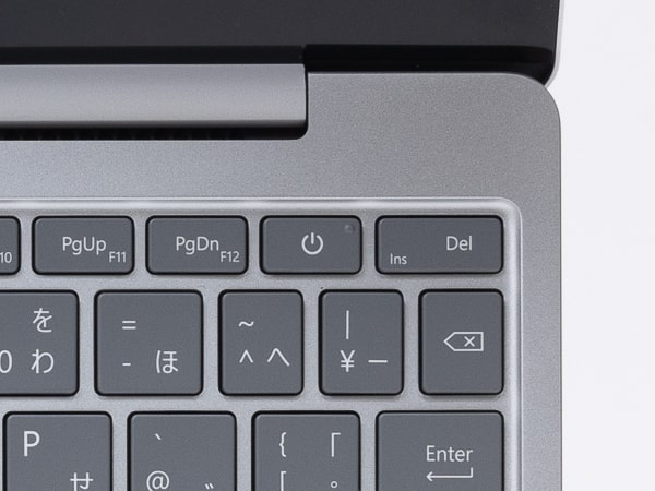 Surface Laptop Go 電源ボタン