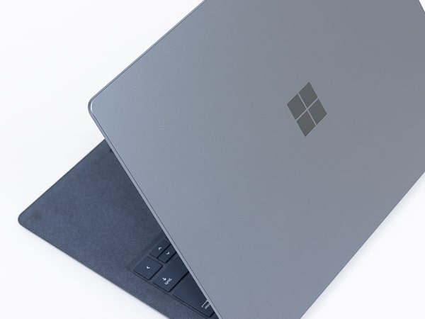 Surface Laptop 4 13.5インチ 外観