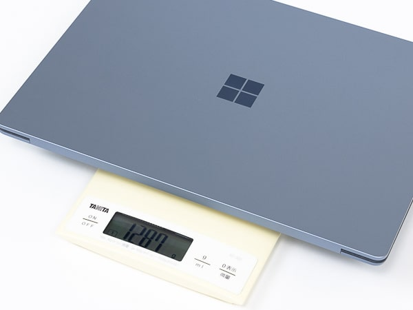 Surface Laptop 4 13.5インチ 重さ