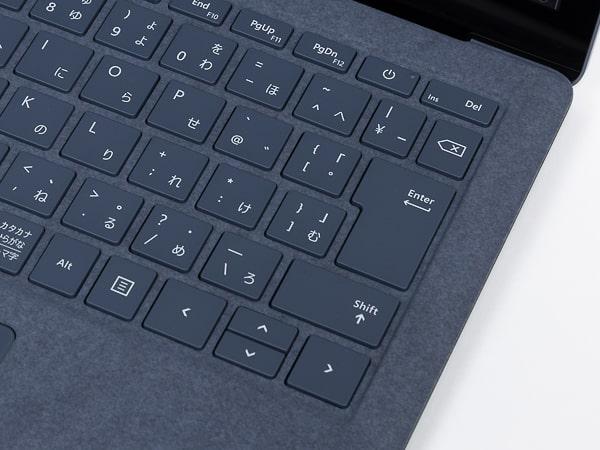 Surface Laptop 4 13.5インチ 配列