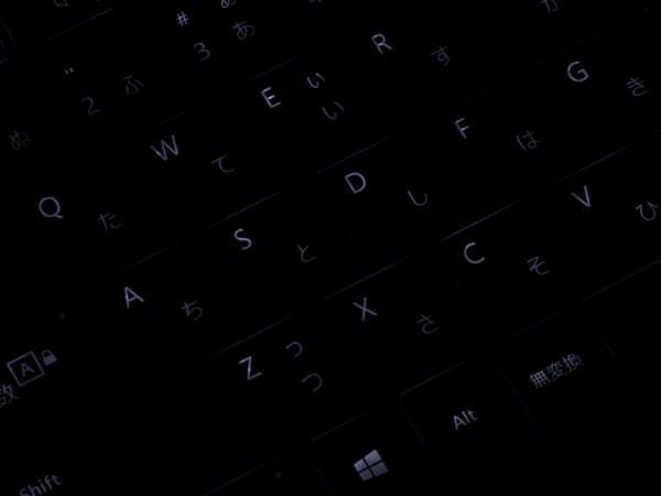 Surface Laptop 4 13.5インチ バックライト