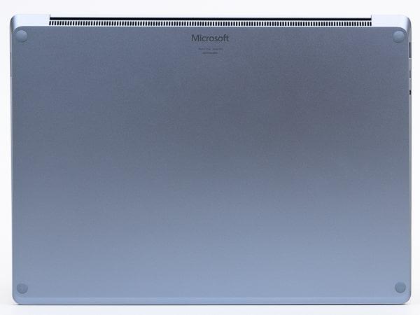 Surface Laptop 4 13.5インチ 底面