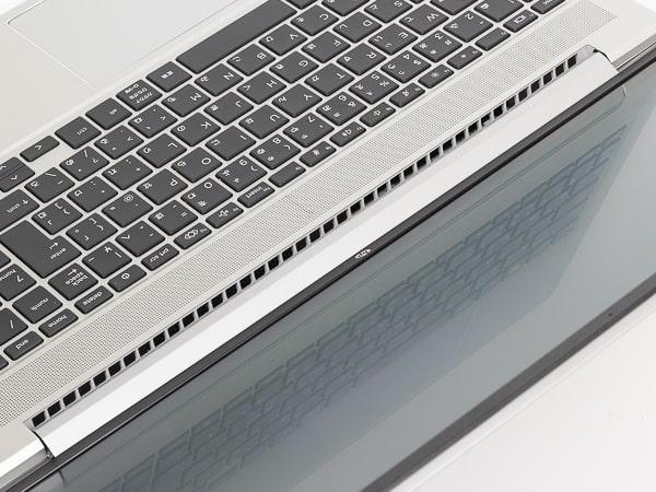 HP ProBook 450 G8 排気口