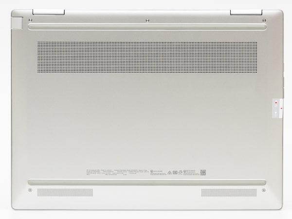HP Chromebook x360 13c 底面