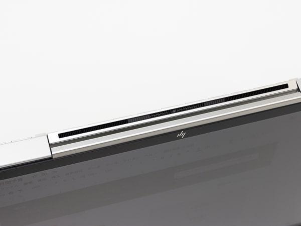 HP Chromebook x360 13c 排気口