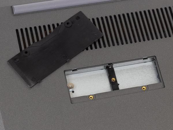 IPC-AA1401-HM SSD増設