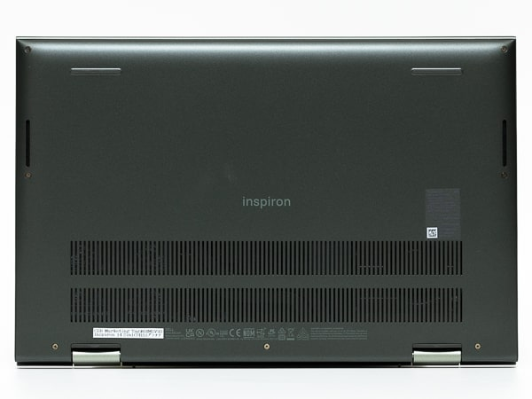 Inspiron 14 2-in-1 7415 底面