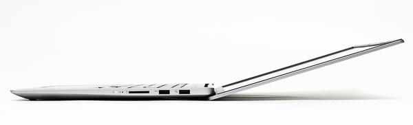 IdeaPad Slim 560 Pro(16)  ディスプレイ角度