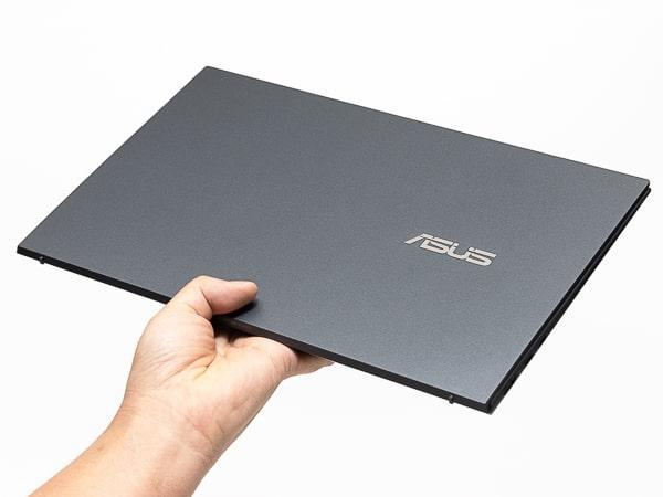 Zenbook 14 UX435 軽さ